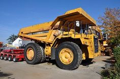We sell cheap Dumper Komatsu HD 785-3 Second Hand. Manufacture year: 1992. Working hours: 13879. Weight: 166000 kg. Retarder.  Power: 753kw (1025 hp). Excellent running condition. Ask us for price. Reference Number: AC969. Baurent Romania.