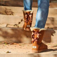 ¡Llegan las bajas temperaturas❄! Combate la #oladefrio con las rebajas de Zapatos Mayka  Sólo hasta el domingo 22 de Enero consigue un descuento adicional del 10% con el código EXTRA10 https://www.zapatosmayka.es/es/catalogo/marca:ugg/