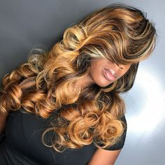 71 most popular ideas for blonde ombre hair color - Hairstyles Trends Weave Hairstyles, Pretty Hairstyles, Blonde Ombre Hair, Curly Hair Styles, Natural Hair Styles, Birthday Hair, Hair Laid, Love Hair, Hair Looks