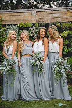 Looks de damas de honor para una boda millennial muy boho de Revelry. #boho #wedding