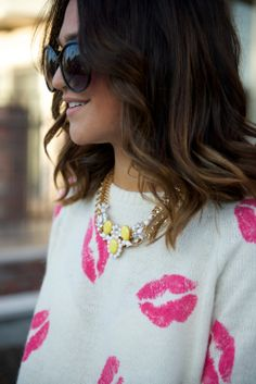 love this kiss sweater #lips