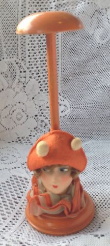 1920s-Painted-Wood-Hat-or-Wig-Stand-Paper-Mache-Boudoir-Doll-Head