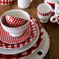 Fun red dishes in classic check and blanket stitch patterns