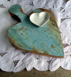 Heart board, love the colour and finish All Heart, I Love Heart, Happy Heart, Heart Art, Humble Heart, Arte Pallet, Wooden Hearts, Love Symbols, Felt Hearts