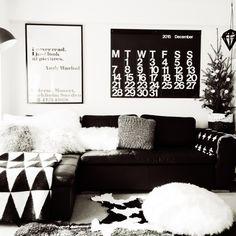 yoshiさんの、リビング,IKEA,白黒,モノトーン,ホワイト,クリスマスツリー,ブラック,グレー,チベットラムのクッション,モミの木,のお部屋写真