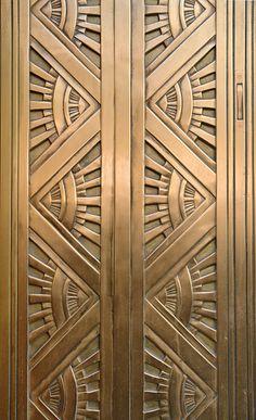 Computing & Library Services, University of Hud… Metallic Sculpture : pattern Art Deco Metal Door. Computing & Library Services University of Hud Motif Art Deco, Art Deco Design, Design Design, Interior Design, Luxury Interior, Design Ideas, New York City, Interiores Art Deco, Design Industrial