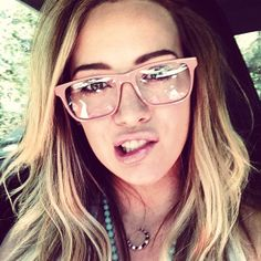 20 Instagrams That Prove Hilary Duff Wins #Selfies