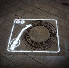Turntable on the streets #streetart jd