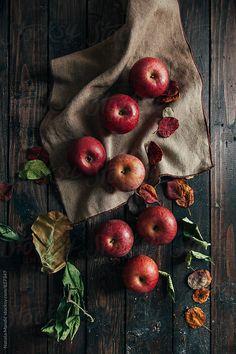 Apples on wooden table by Nataša Mandić - Apple, Fruit - Stocksy United Fruit Défendu, Fresh Fruit, Mixed Fruit, Fruit Snacks, Fruit Photography, Still Life Photography, Autumn Aesthetic, Autumn Inspiration, Fall Season