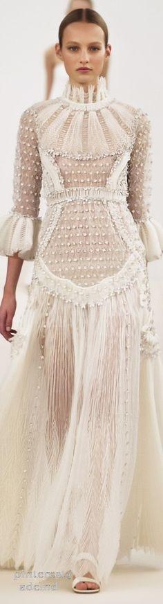 Valentino Sala Bianca 945 Haute Couture