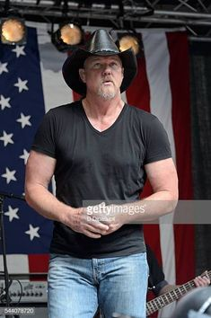 """Trace Adkins performs onstage during """"FOX & Friends"""" All American Concert Series outside of FOX Studios on July 2016 in New York City."""