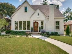 The property 5342 Ridgedale Ave, Dallas, TX 75206 is currently not for sale on Zillow. View details, sales history and Zestimate data for this property on Zillow. Stucco Homes, Cottage Exterior, House Painting, Dallas, Decor Styles, The Neighbourhood, Home And Family, Sweet Home, Windows