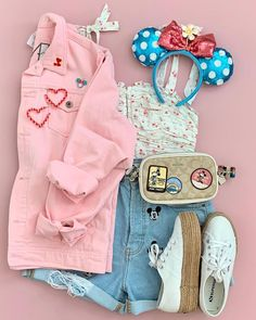 Cute Disney Outfits, Disney World Outfits, Disney Themed Outfits, Disneyland Outfits, Cute Comfy Outfits, Disney Worlds, Disney Clothes, Teen Fashion Outfits, Cute Fashion