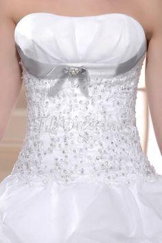 Gorgeous Ball Gown Strapless Floor-length Pleats Court Wedding Dress