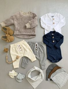 You got all you need for that first day of his arrival right here Outfits Niños, Newborn Outfits, Baby Boy Outfits, Kids Outfits, Modern Baby Clothes, Gender Neutral Baby Clothes, Cute Baby Clothes, Baby Boy Fashion, Kids Fashion