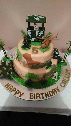 Army men toy soldier cake