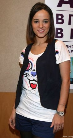 Alizee photo gallery She Was Beautiful, Beautiful Women, Star Francaise, Women Volleyball, Sweet 16 Dresses, Victoria Justice, Sexy Outfits, My Crush, Singer