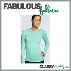 Turquoise / Aqua workout top - Lululemon LS Swifty Dupe and half the price! I need all colors!