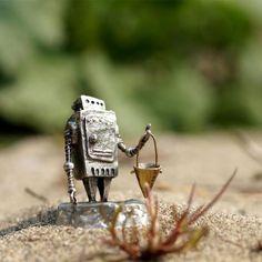 小さなロボット「Ropica」 ウケンムケン  Creema
