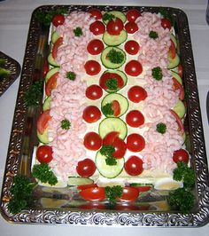 Icelandic cooking, recipes and food: Brauðterta – Icelandic style sandwich loaf: Shrimp