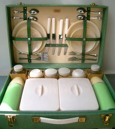 This is a mid century Pic -Nic set...but it is still a good idea, isn't it . I have one and love it!!