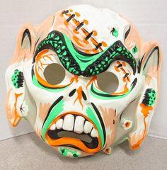 scary white monster - plastic Halloween mask