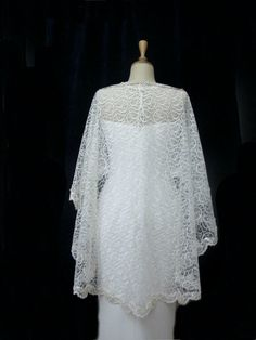 Private Listing Ivory Lace Bridal Cape Shawl Lace by gebridal