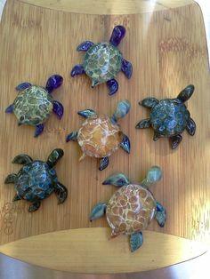 Lampwork Turtle Pendants by DARBEADS on Etsy