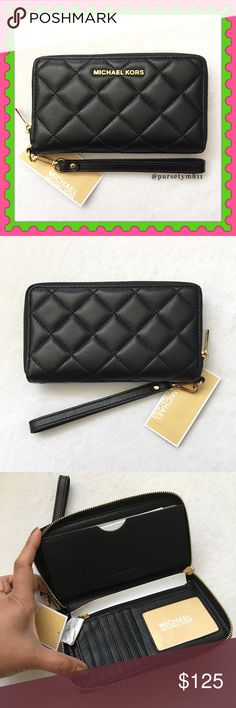 "Authentic Michael Kors Black Leather Clutch 100 AUTHENTIC. Gorgeous black leather quilted large clutch/wristlet from Michael Kors. Very spacious. Approximate measurements: 7.5"" x 4"" w/ interior compartment and pocket. Zip closure w/ detachable wrist strap. Gold tone hardware. STUNNING 💖 NO TRADE ❌ MICHAEL Michael Kors Bags"