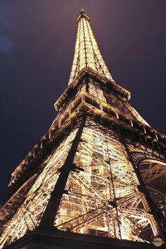Eiffel Tower via BD