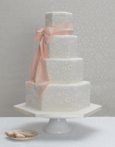 wedding cakes by TinyCarmen