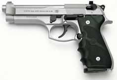Beretta 92 Inox - My Collection will not be complete until I have an Inox Beretta 92 Survival Life Hacks, Survival Skills, Weapons Guns, Guns And Ammo, Revolver, Beretta 92, Guns Dont Kill People, Shooting Guns, Fire Powers