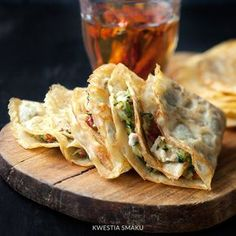 Naleśniki bezglutenowe/Gluten Free pancakes stuffed with zucchini dried tomatoes and goat cheese Gluten Free Recipes, Gourmet Recipes, Cooking Recipes, Healthy Recipes, Healthy Dinners, Crepes And Waffles, Gluten Free Pancakes, Serving Dishes, Food For Thought