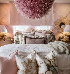 Based in Toronto and working for jet-setters around the planet, Lori Morris is recognized as one of the best interior designers. Discover her design projects! Contemporary Interior Design, Bedroom Interior, Best Interior, Bedroom Design, Bedroom Decor, Interior Design, Home Decor, Top Interior Designers, Apartment Decor