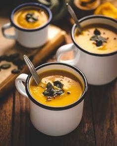 Koláč bez múky a cukru - Fit recept - Lenivá Kuchárka Czech Recipes, Ethnic Recipes, Fondue, Good Food, Cheese, Mascarpone, Hokkaido, Healthy Food, Yummy Food