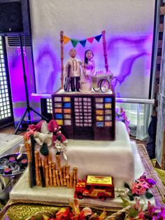 Filipiniana wedding cake Themed Wedding Cakes, Wedding Favors, Filipiniana Wedding Theme, Filipino Wedding, Wedding Inspiration, Wedding Ideas, Wedding Mood Board, Romantic Things, 80th Birthday