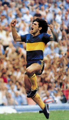 Diego en Boca Juniors (1981) Football Images, Football Art, World Football, Soccer World, School Football, Argentina Football, Diego Armando, Legends Football, Sports Stars