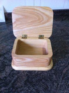 Caja de fresno