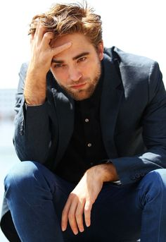 Australia just got hotter with Robert Pattinson and a photo call for Breaking Dawn Part 2 promo.
