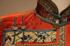 Really solid detail of a transitional piece hanfu-qipao. Hard to find good details of embroidery on antique Chinese pieces.   Wonderous Textiles Board is expertly curated - a must visit for it's array of ethnic textiles.