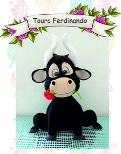 Apostila Digital O Touro Ferdinando Feltro Sewing Stuffed Animals, Stuffed Animal Patterns, Fondant Animals, Felt Animals, Crochet Animal Patterns, Doll Patterns, Knitted Dolls, Crochet Toys, Cute Crafts