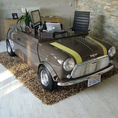 Mini Cooper desk. Yes! My home office will have one!