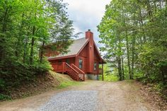 Trail's End is a beautiful 2 bedroom cabin with a cozy wood burning fireplace.