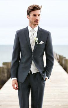 59cfb61273b348 Men Wedding Suits 2017 Custom Made Gentleman Men Suits Slim Fit Groom  Groomsman Blazer suits for men 2 piece (Jacket+Pants)