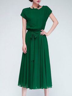 Modest Green Chiffon Midi Dress with short length sleeves Mode-sty Pretty Outfits, Pretty Dresses, Beautiful Dresses, Gorgeous Dress, Elegant Dresses, Modest Dresses, Short Sleeve Dresses, Modest Clothing, Long Dresses