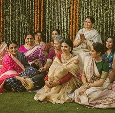 Pakistani Bridal Lehenga, Pakistani Bridal Makeup, Lehenga Designs, Saree Blouse Designs, Saree Wearing Styles, Traditional Trends, Mhendi Design, Desi Wear, Saree Collection