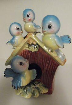 VINTAGE LEFTON BLUEBIRDS PLANTER