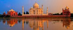 El Taj Mahal es considerado el más esplendido ejemplo de arquitectura mogola, estilo que combina elementos de las arquitecturas islámica, persa, india y turca.