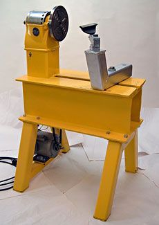 Homemade Lathe on a Budget - Fine Woodworking Article