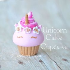 "I wanted to experiment with a more traditional ""unicorn cake"" style. This was inspired by who is a total sweetheart. Polymer Clay Cupcake, Polymer Clay Charms, Polymer Clay Jewelry, Fimo Kawaii, Polymer Clay Kawaii, Polymer Clay Miniatures, Polymer Clay Creations, Diy Clay, Clay Crafts"